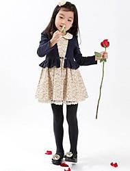 la mode à manches longues de la jeune fille simulacres deux morceaux de robes à fleurs