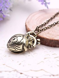 Unisex Fashion Hollow Heart Pendant Alloy Pendant Necklace(Golden,Silver)(1 Pc)
