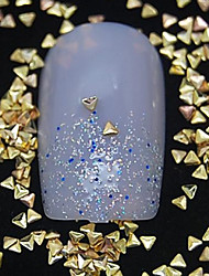 100PCS  Small Triangle Golden Metal Rivet Nail Art Decoration