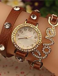 женщин 2015 последнее любовь мода кожа кварцевые часы (разных цветов)