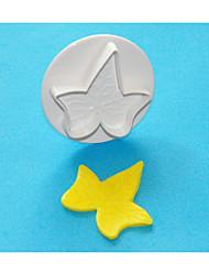 FOUR-C Ivy Leaf Cake Decorating Plunger Cutter,Cake Cutter Plastic Cake Decorating Tools 1Pcs