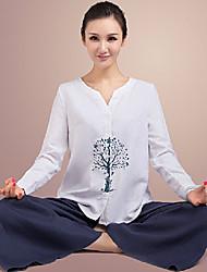 étnico blanco yoga natural de juego de la aptitud de las mujeres