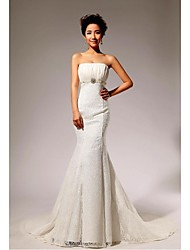 Trumpet / Mermaid Petite / Plus Sizes Wedding Dress Chapel Train Strapless Lace / Velvet Chiffon with