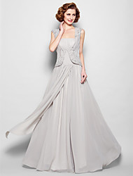 Lanting Bride® A-line Plus Size / Petite Mother of the Bride Dress Floor-length Sleeveless Chiffon with Beading / Draping