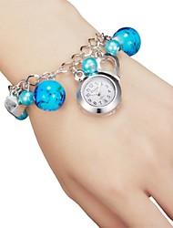 Relógio em Chaveiro - Mulher - Quartzo - Analógico - Pérolas