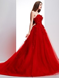 Ball Gown Strapless Scalloped Sweep / Brush Train Lace Tulle Formal Evening Dress with Lace by Luoge