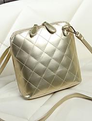 2015 summer new fashion trend in Korean shell embroidered bag ladies retro single diagonal shoulder women's bag