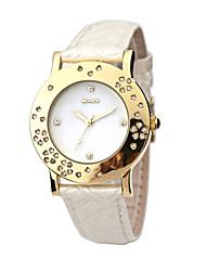 Pearl línea de moda las mujeres venta caliente del reloj