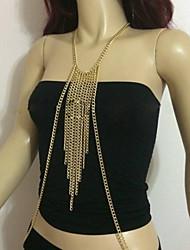 moda bonito cadeias bonito corpo das mulheres