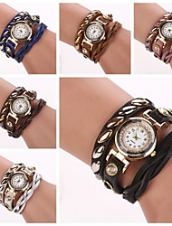 Women's Roundness  Dial Diamate Oval Rivet Band Quartz Analog Fashion Bracelet Watch (Assorted Color)C&D290