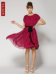 Damen Kleid Sexy / Leger / Strand Knielang Chiffon