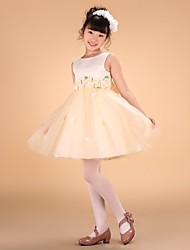 Princess Knee-length Flower Girl Dress - Satin Tulle Bateau with Bow(s) Flower(s) Sash / Ribbon Pleats