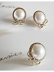 Women's New Stylish Simple Bow Pearl Earrings