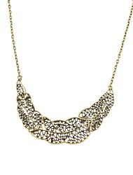 Fashion Women Vintage Leaf Pendant Necklace