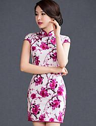 em torno do pescoço das mulheres / stand mini vestido, cetim / seda vermelho do vintage / partido