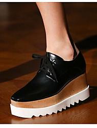 Zapatos de mujer - Plataforma - Cuñas / Plataforma / Creepers / Punta Redonda - Oxfords - Casual - Cuero Patentado - Negro