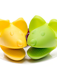 Silicone Mouse Shaped Oven Baking Mitts Heat Proof Glove BBQ Kitchen Cooking (Random Color)