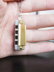 High Quality, The World's Smallest Four Hole Eight Small Mini Necklace Key Harmonica (Color Random Delivery)