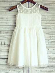 Sheath / Column Knee-length Flower Girl Dress - Satin / Tulle Sleeveless Scoop with