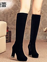 Calçados Femininos Courino Salto Grosso Botas da Moda Botas Escritório & Trabalho/Casual Preto