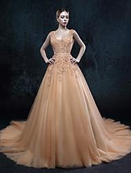 А-силуэт Свадебное платье Свадебные платья различных цветов Со шлейфом средней длины V-образный вырез Тюль с