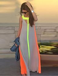 Women's Fashionable dress sleeveless posed dress show thin