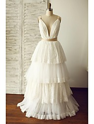 A-line Wedding Dress Floor-length V-neck Lace / Tulle with Lace / Pearl