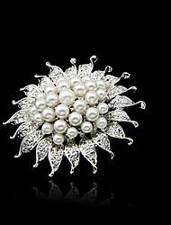 Shinning Women's Fashion Beautiful Pearl Breastpin