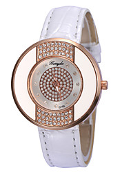 Women's Glisten Diamond-Studded  Round Dial Leather  Band Quartz Analog Fashion  Wrist Watch(Assorted Color)