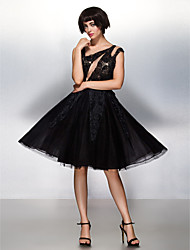 TS Couture® Cocktail Party / Company Party Dress A-line Scoop Knee-length Lace / Tulle with Flower(s) / Lace