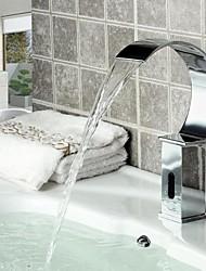 Zeitgenössisch deckenmontiert Wasserfall / Sensor with  Elektromagnetventil Hände frei Ein Loch for  Chrom , Waschbecken Wasserhahn