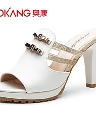 sandálias de couro sintético das mulheres aokang® - 132811301