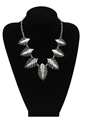 Jewelry Pendant Necklaces / Strands Necklaces Wedding / Party / Daily / Casual / Sports Alloy 1pc Women Wedding Gifts