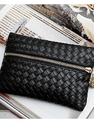 Women PU Fold over Clutch Clutch / Wristlet - Black