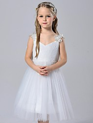 A-line Knee-length Flower Girl Dress - Lace / Satin / Tulle Sleeveless Spaghetti Straps with