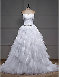 Ball Gown Wedding Dress - White Sweep/Brush Train Sweetheart Organza