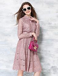 De las mujeres Encaje Vestido Casual / Vacaciones Un Color Hasta la Rodilla Escote Chino Nailon