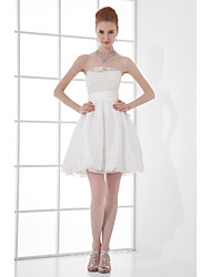 Lanting Bride® Short / Mini Taffeta Bridesmaid Dress - A-line Strapless with Beading / Bow(s) / Lace