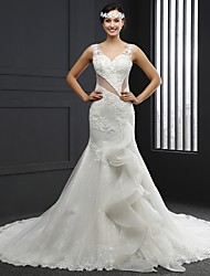 Trumpet / Mermaid Wedding Dress Chapel Train V-neck Lace / Tulle with Appliques