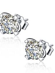 Feminino Brincos Curtos Zircônia cúbica Coração Incrustado bijuterias Prata de Lei Zircônia Cubica Forma Redonda Formato de Coração Jóias