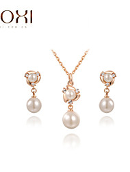 Lady's Gold Pearl Jewelry Set include Necklace & Earrings