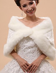Fur Wraps / Hoods & Ponchos / Wedding  Wraps Capelets Sleeveless Faux Fur White Wedding / Party/Evening Off-the-shoulder PatternHidden