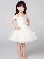 A-line Short / Mini Flower Girl Dress - Tulle Short Sleeve Off-the-shoulder with