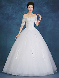 Ball Gown Wedding Dress Floor-length Bateau Lace / Satin / Tulle with Beading / Pearl / Sequin
