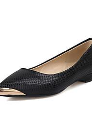 Черный / Красный / Белый-Женская обувь-Для офиса / Для праздника / На каждый день-Лакированная кожа-На плоской подошве-С острым носком-