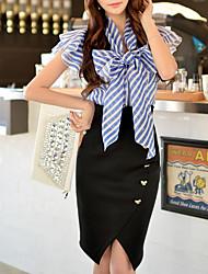 Femme fines rayures/Noeud DABUWAWA® Col de Chemise Manche Courtes Shirt et Chemisier Bleu royal-D15BST055