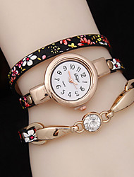 Women's Three Winding Folk Style Floral Rhine Stone Bracelet Watch Cool Watches Unique Watches