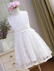 A-line Knee-length Flower Girl Dress - Lace Sleeveless V-neck with