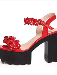 Women's Shoes Leather Chunky Heel Heels / Platform Sandals Wedding / Dress / Casual Black / Red / White