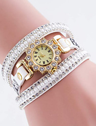 Women's Fashionable Leisure Diamond Bracelet Round and Round Watch Leather Band Cool Watches Unique Watches